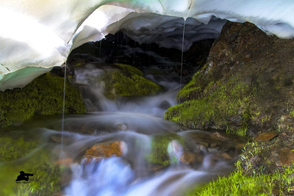 Cueva de hielo (Sierra Nevada-Granada)
