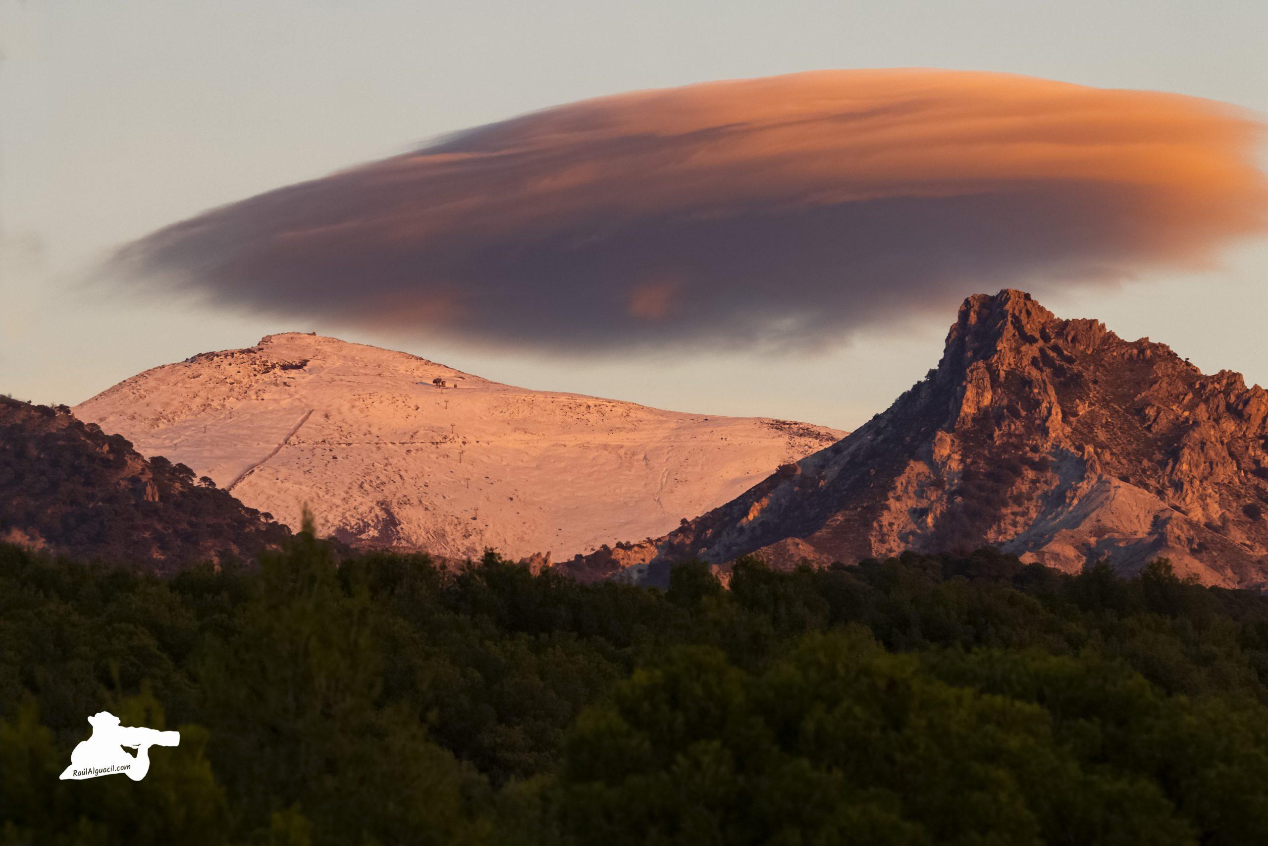 Pico Trevenque y Pico Veleta, Parque Nacional y Natural de Sierra nevada.